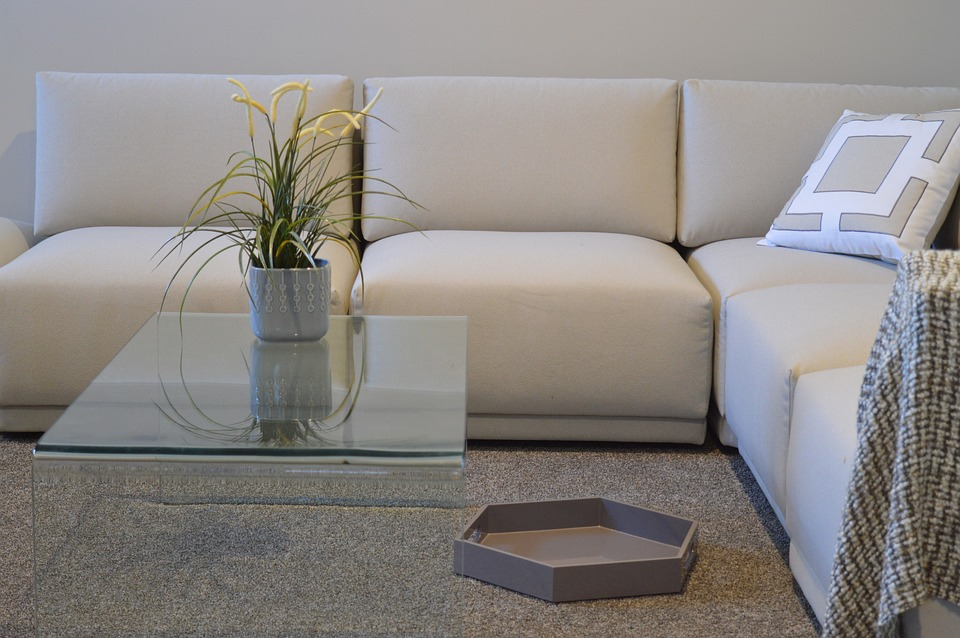couch-1078932_960_720
