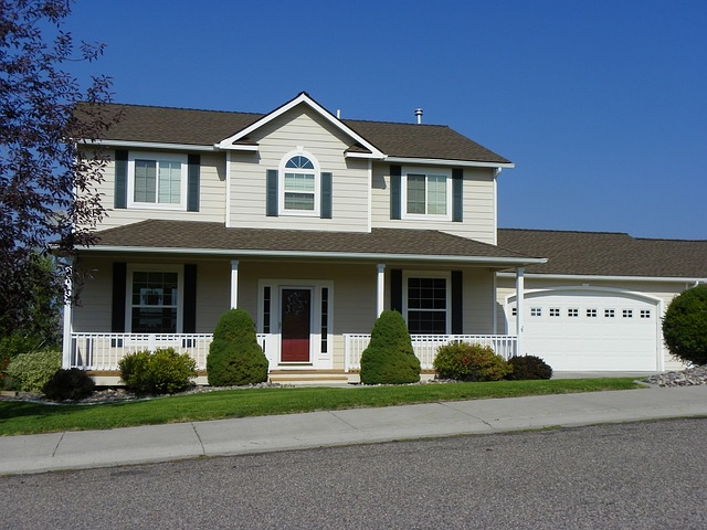 residence-475884_640