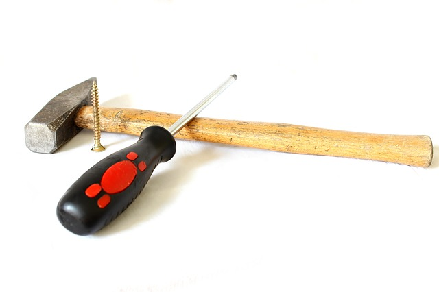 screwdriver-1008974_640